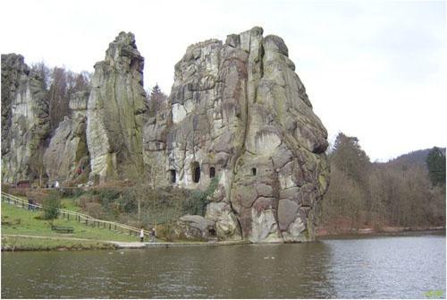 Скалы Экстернштайне в Тевтобургском лесу