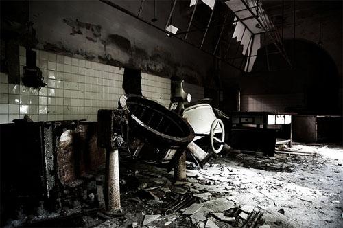 Остров Повеглия - промышленное помещение психиатрической больницы