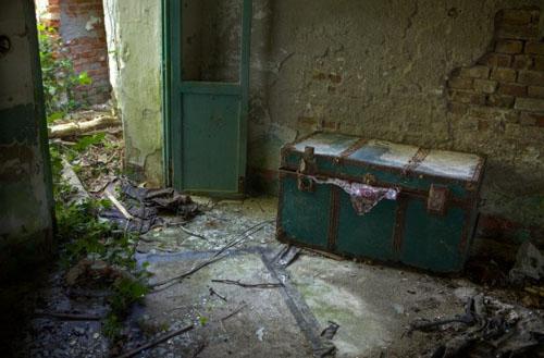 poveglija-сохранившаяся мебель
